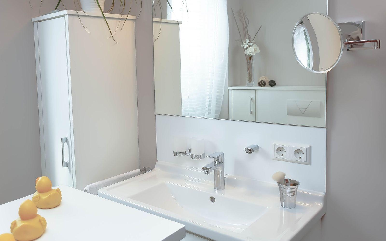 referenzen badezimmer gaeste wc rheinfelden issler grenzach wyhlen bad heizung. Black Bedroom Furniture Sets. Home Design Ideas